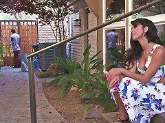 Sex Hungry Housewife Sophia Leone Seduces Nextdoor Dude