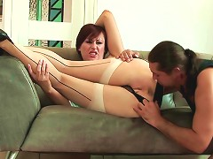 Tight Mature Brit Pussy Fucked In Hot High Definition