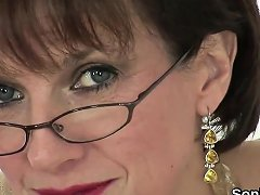 Unfaithful British Milf Lady Sonia Pops Out Her Giant Knocke Drtuber