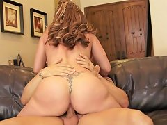 Blonde Mom Rides His Boner With Her Shaved Pussy