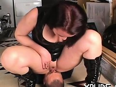 Pipe Enters Cherry Of An Alluring Hottie Nuvid