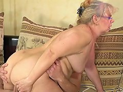 Granny In Specs Rims Ass