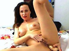 Pretty Romanian Brunette Milf On Webcam 2 Free Porn 07