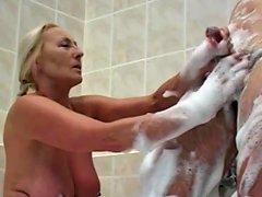 Nice Women In The Bath 3
