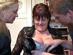 Bbw Sucking Dick During Threesome Scene